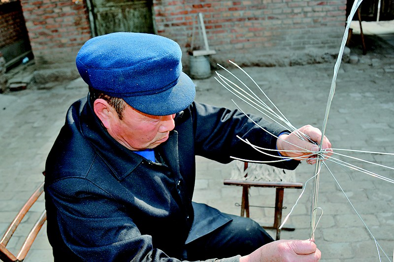 笊篱:铁丝编织的艺术
